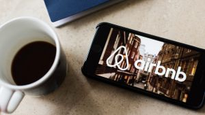 It's time for the industry in general, and Airbnb in particular, to grow up; says columnist Leonid Bershidsky.