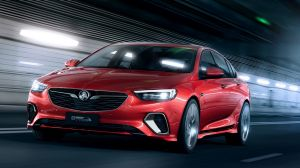 Holden has revealed its new Commodore VXR, a successor to home-grown models.