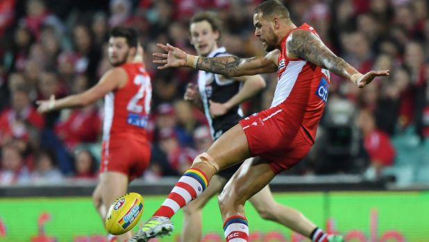 Buddy Franklin takes a shot at goal for the Sydney Swans.