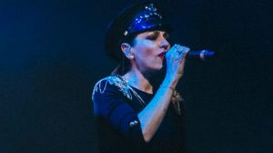 Tina Arena performs with Client Liason at Splendour in the Grass.