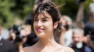 PARIS, FRANCE - JULY 03: Jeanne Damas outside Dior during Paris Fashion Week - Haute Couture Fall/Winter 2017-2018 : Day ...