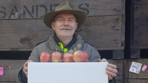 Apple farmer Kevin Sanders was  one of the first to sign up to Online farmers' market MegaFresh .