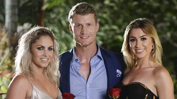 Paparazzo beats the bookies with Bachelor bet