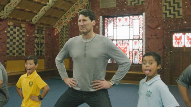 John Eales learning from the young.