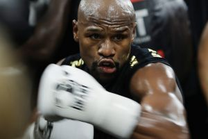 "Last fight: Floyd Mayweather expects Conor McGregor to fight ""extremely dirty"" in what will be his last bout in the ring."