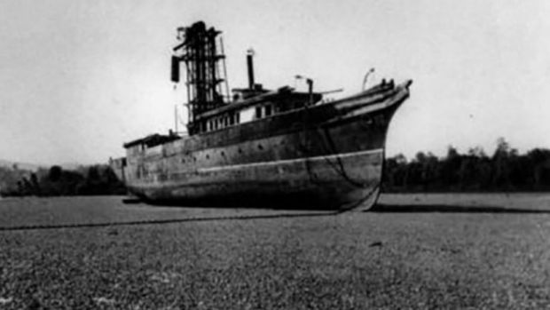The Lucinda, circa 1920s or '30s, when it was used as a coal barge.