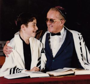 Author Bram Presser with his grandfather, Jan Randa, in Melbourne in 1989.