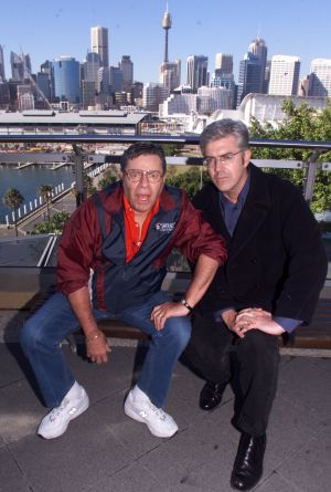 Jerry Lewis would only pose for a few photos with Shaun Micallef when they met in Sydney.