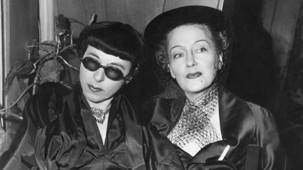 Edith Head and Gloria Swanson at the premiere of Sunset Boulevard in 1950.