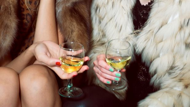 'Tis the season for fake-drinking: how go booze-free without being noticed