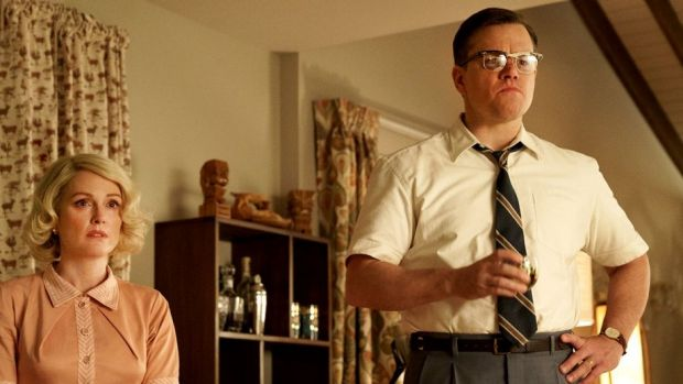Julianne Moore and Matt Damon in Suburbicon.