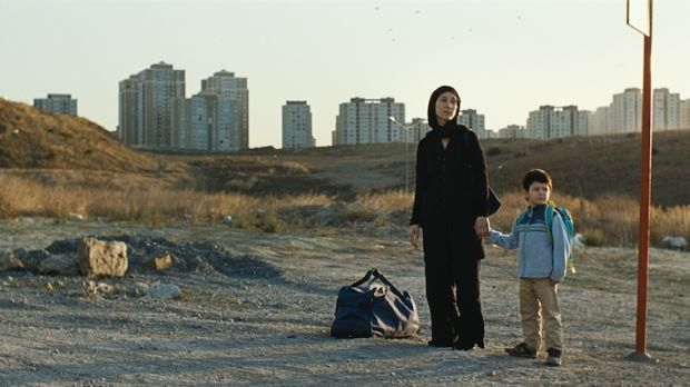 Umay, mother of five year-old Cem, pays a high price for her escape from a violent husband.
