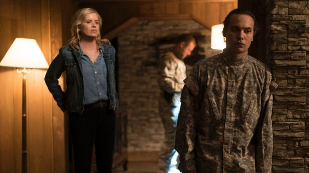 Madison Clark (Kim Dickens) will do almost anything to protect her son Nick (Frank Dillane).