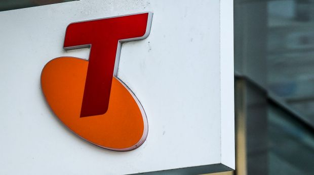 Telstra has revised down its expected income for fiscal 2018, but there's no change to the 22-cent dividend.