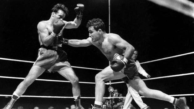 Legendary boxer Jake LaMotta dies at age of 95