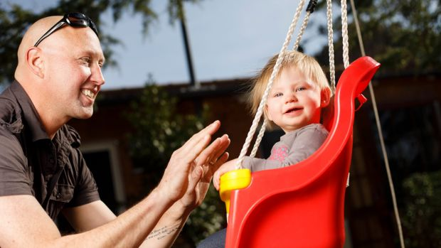'Both parents can do the parenting': Just one in 20 dads take parental leave