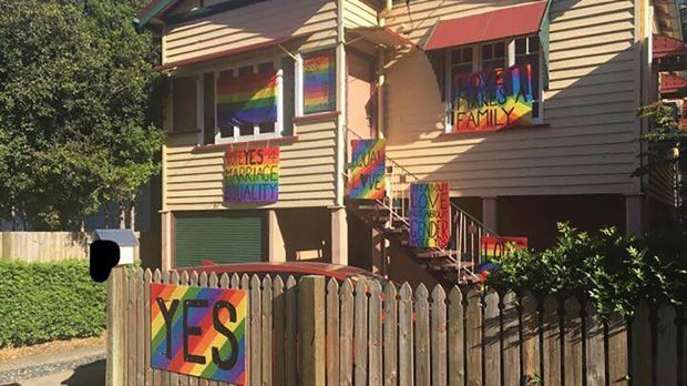 Daughter of anti-marriage equality PM joins 'YES' campaign