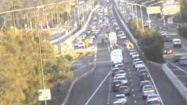 Southbound traffic on the Gateway and Pacific Motorway overpass on Friday evening.