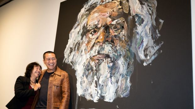 Anh Do and his mother, Hien Do, celebrate his win of the People's Choice award at the Archibald Prize.