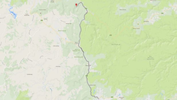 Tourists arriving at Valley View road (the red pin) needed to drive another 30 kilometers south to get to Katoomba.