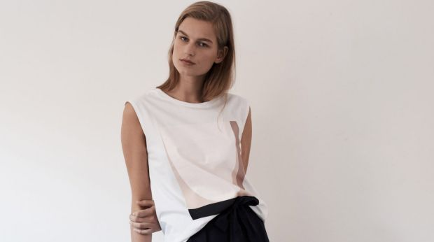Kowtow just released a collaboration with Melbourne artist Caroline Walls.