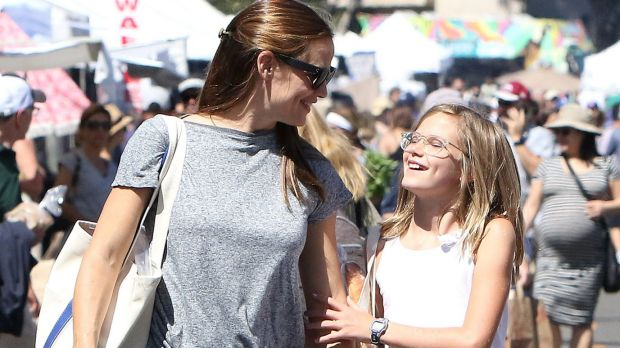 'I got you girl!' Jennifer Garner, with her daughter Violet, is a beacon for harried, normal women everywhere.