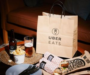 Loading up on the Uber Eats orders at Biggie Smalls.