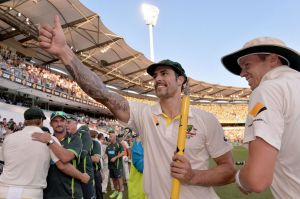 Mitchell Johnson believes England are in a similar hole to four years ago.