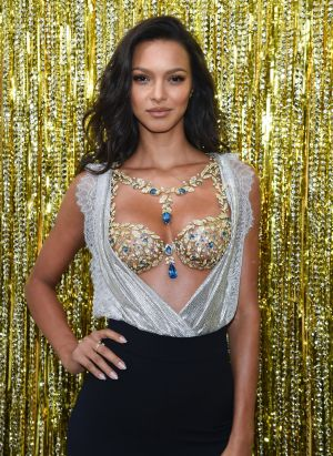 Victoria's Secret Angel Lais Ribeiro in the Champagne Night Fantasy Bra.
