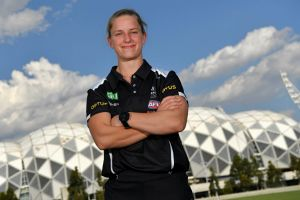 Jaimee Lambert is over injury and ready for AFLW 2018 at her new club.