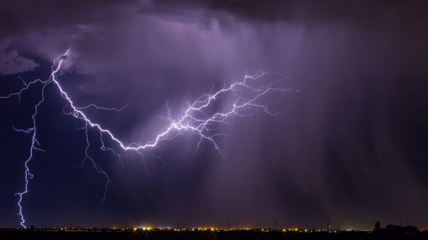 Victorian health authorities have issued a high risk warning of thunderstorm asthma.