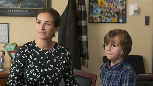 Jacob Tremblay and Julia Roberts in Wonder.