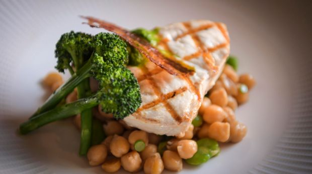 The grilled swordfish with chickpeas at L'Hotel Gitan.