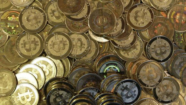 There is 'no way to know' when the bitcoin bubble will burst, say analysts.