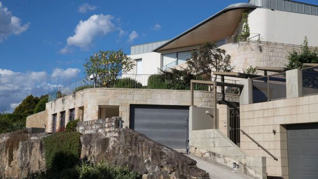 The exterior of Huang Xiangmo's mansion in Mosman, Sydney.