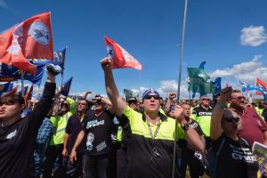 Union members descended on Webb Dock on Friday.