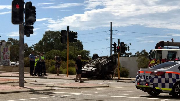 Car Crash Canning Vale Today