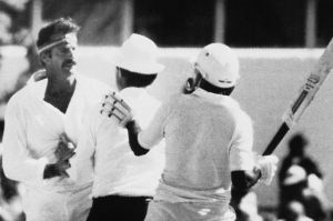 Dennis Lillee and Javed Miandad agree to disagree at the WACA Ground.