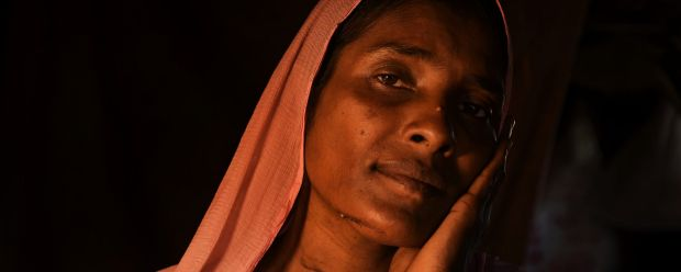 ROHINGYA INTERVIEW Almas Khatun 40yrs from Tula Toli village in Myanmar reveals the scars from where her throat and face ...