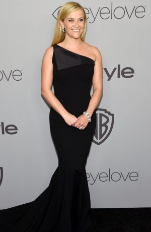 Reese Witherspoon donned all black for the Golden Globes.