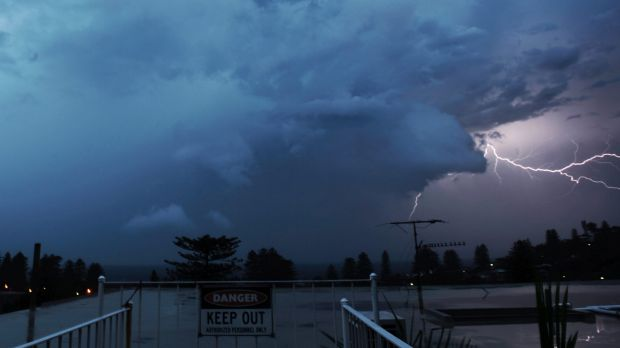 Fast moving severe storms swept over Sydney around 5am on Tuesday.