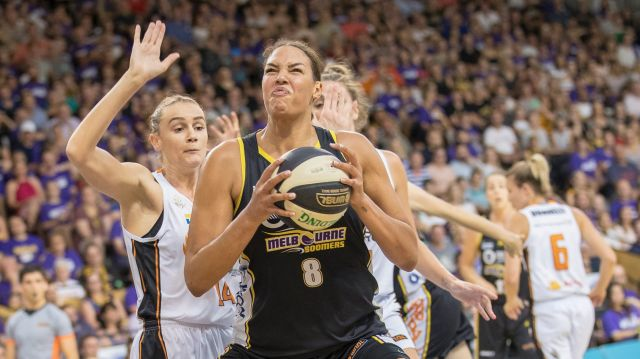 Liz Cambage posts up early in the second game of the Grand final.