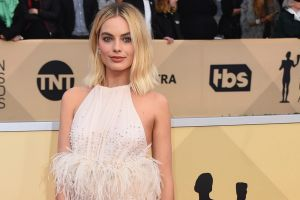 Margot Robbie arrives at the 24th annual Screen Actors Guild Awards.