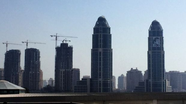 Tower cranes in the skyline of Doha.