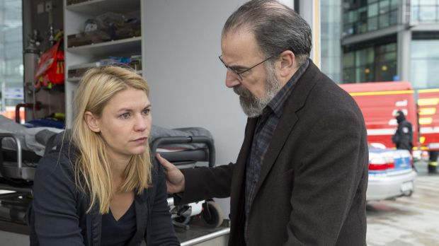 Claire Danes, left, and Mandy Patinkin in <i>Homeland</i>.