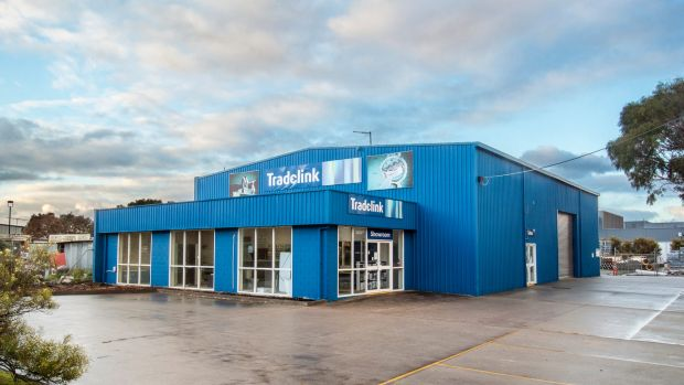 A showroom/warehouse leased to Tradelink at 11 Henry Wilson Drive has sold for $1.15 million on a strong passing yield ...