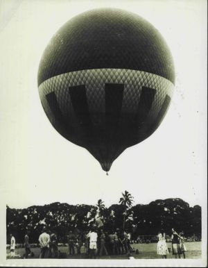 Balloon exhibition leader Anthony Smith,  chief photographer Douglas Botting and Cape Town University student, Charl ...