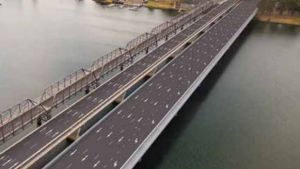 An artist's impression of the new northbound bridge over the Shoalhaven River alongside the existing bridge, which will ...