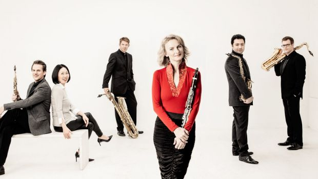Sabine Meyer, in red, and the Alliage Quintett were big in sound and tonal colour; bijou in size.