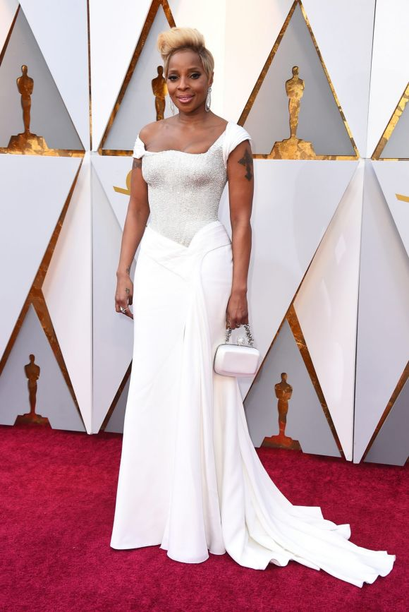 Mary J. Blige arrives at the Oscars on Sunday, March 4, 2018, at the Dolby Theatre in Los Angeles.
